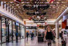 Niedziela handlowa w centrum handlowym