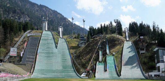 zarobki polskich skoczków narciarskich
