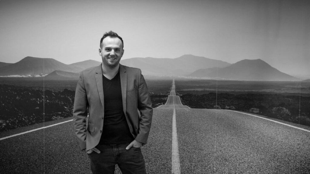 Artur Halik, Head of Sales Shoper