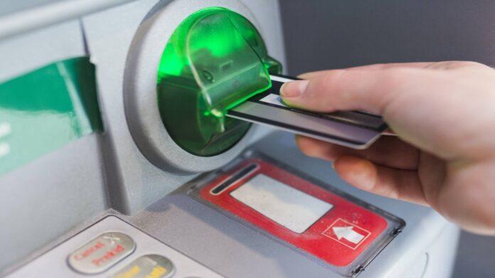 historia bankomatów