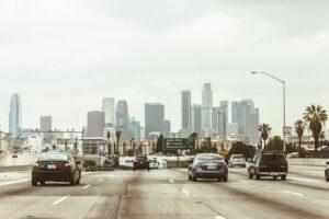 Wjazd z autostrady do miasta
