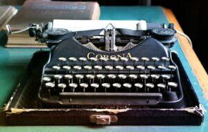 Maszyna do pisania z epoki