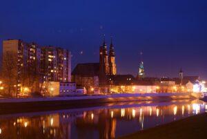 Widok na Opole wieczorem