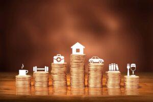 Comiesięczne wydatki w budżecie domowym
