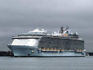 Wycieczkowiec Oasis of the Seas