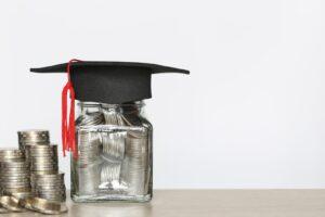 Oszczędzanie na studia dla dziecka
