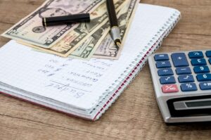 Stałe wydatki wchodzące w skład budżetu domowego