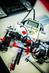 Zaawansowany robot z klocków Lego