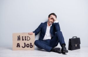 Smutny bezrobotny mężczyzna