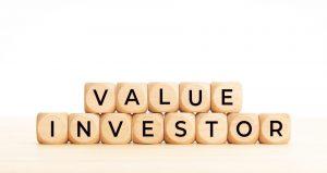 """Napis """"inwestor value"""""""